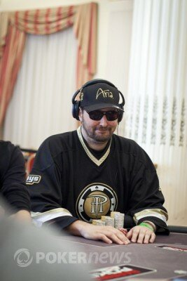 Hellmuth during the 2012 WSOPE Main Event.